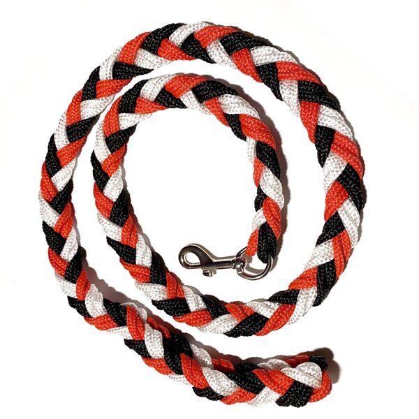 UGA pītā pavada, melns-sarkans-balts (1:1:1)
